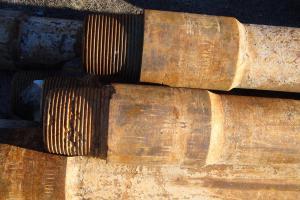 3 труба в ремонт ниппельная часть, резьба сильно убита.JPG